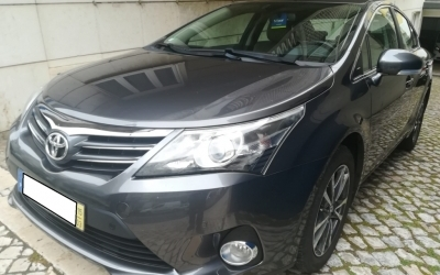 Toyota Avensis 2.0D4D LUXURY